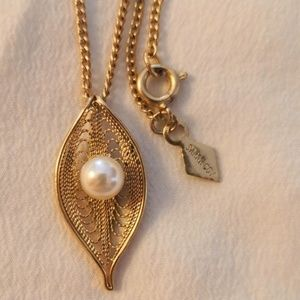 Vintage Sarah Coventry Necklace and earrings